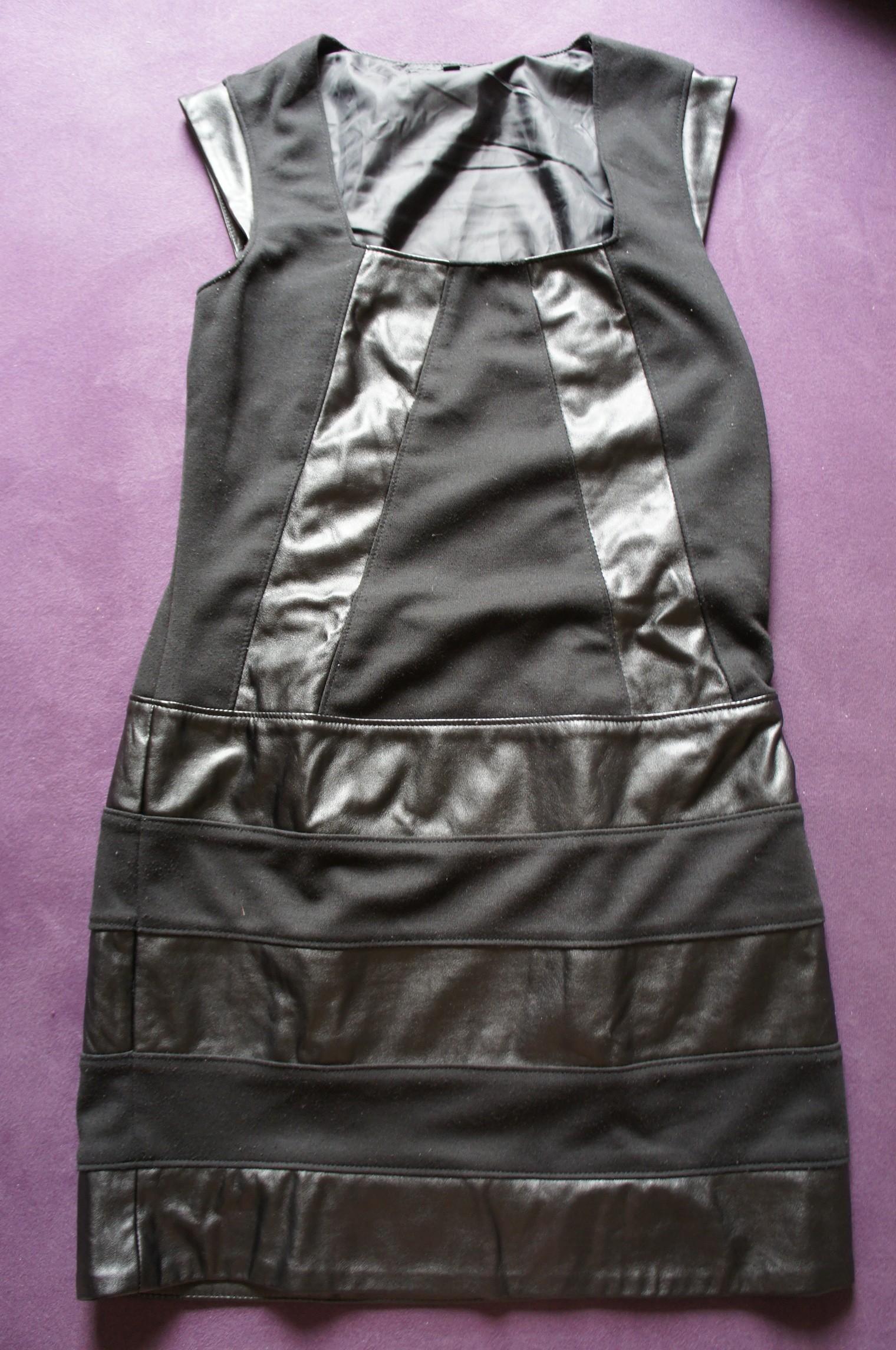 aussortiertes Kleid